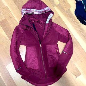 Lululemon jacket size 4 like new condition